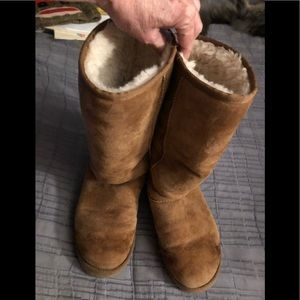 UGG Boots Tall chestnut suede ladies Sz 9